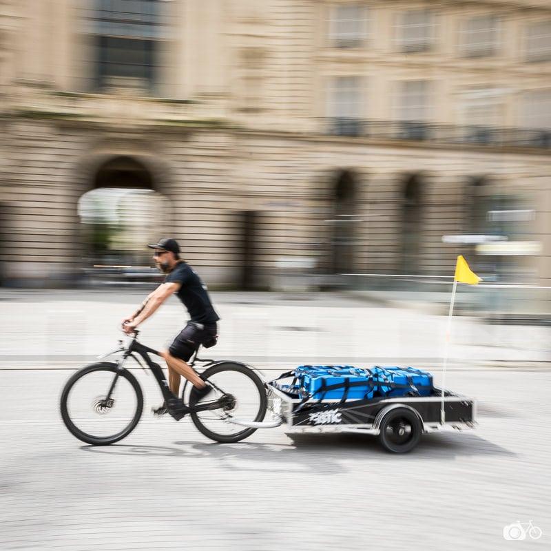 Cyclo-runner en tournée solidaire pour les couturières bénévoles à Rennes